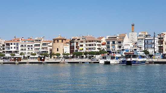 Cambrils, Spain: 20180801_120145_large.jpg