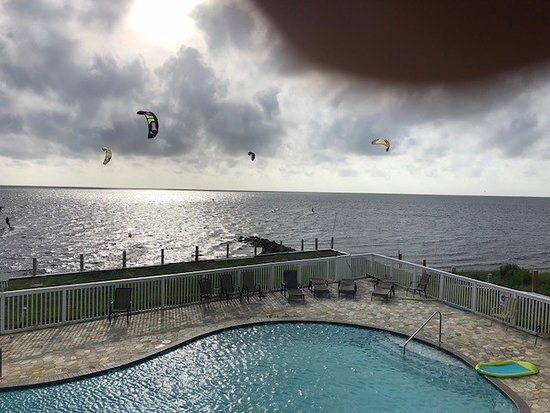 Waves Village Resort: Kiteboarding, pool, sound View from Balcony