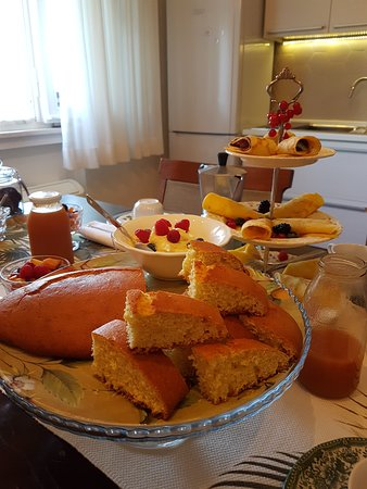 Gambettola, Italia: Sunday breakfast (sweet section) <3