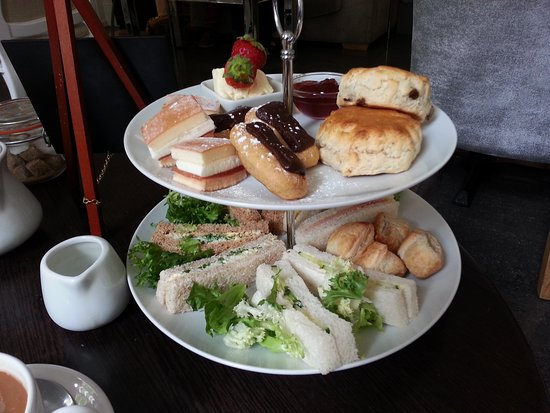Lenham, UK: Groupon afternoon tea for two