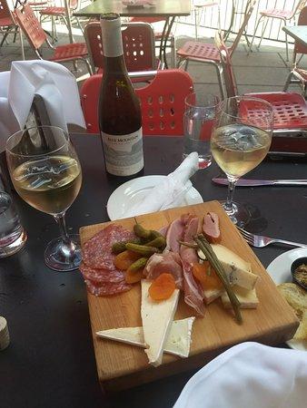 תמונה מMetropolitain Brasserie