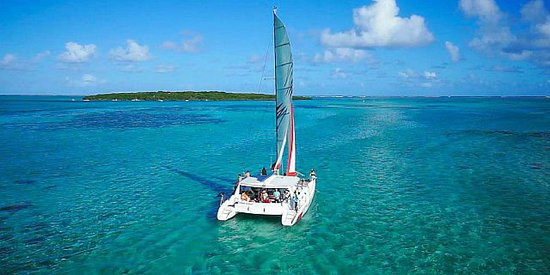 Moka: Catamaran ile aux cerfs