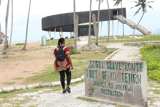 Badagry, Nigeria: Point of no return