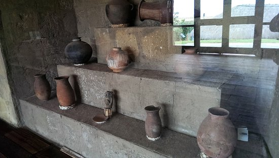Provincia de Pichincha, Ecuador: Various articfacts in the museum