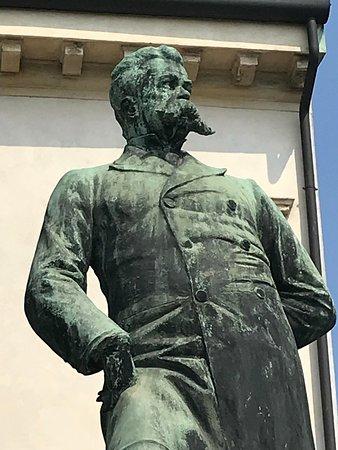 Statua di Umberto I