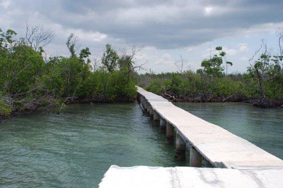 Никеро, Куба: Ruta de los expedicionarios del Granma en Niquero.