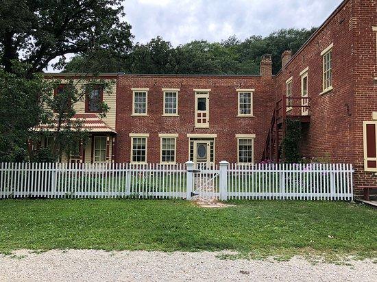 Historic Forestville照片