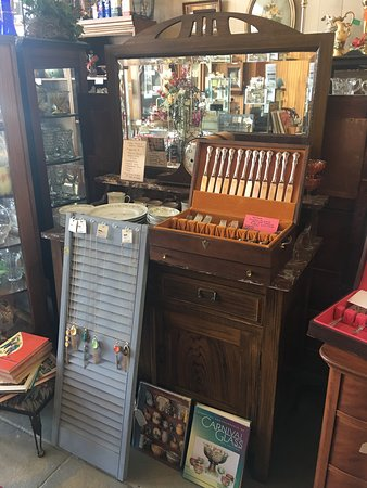 Celina, TX: Silerware, furniture lots of really old stuff!