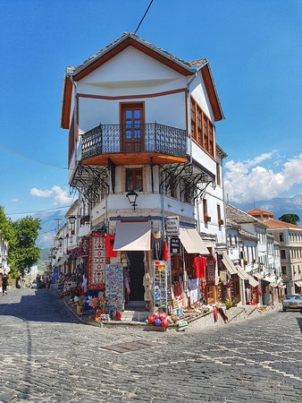 Gjirokastra Bazaar: Typical photo
