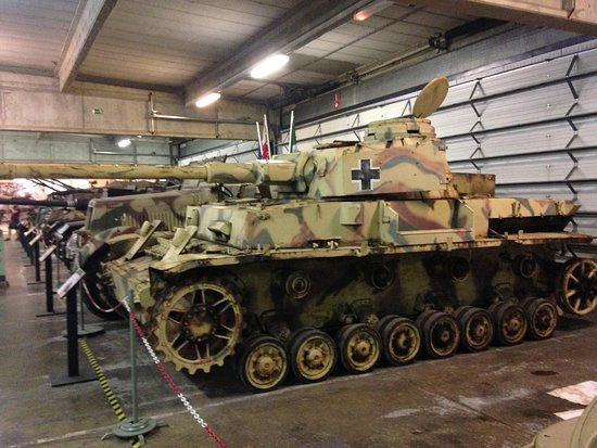 Panzer IV Bastogne Barracks: fotografía de Bastogne