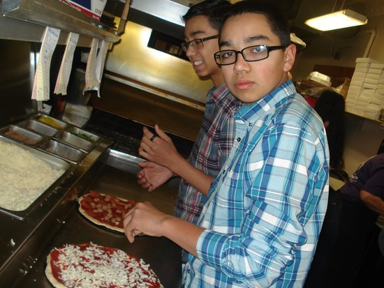 Upper Sandusky, OH: Owners are family friends so they allowed my sons to make their own pizza.