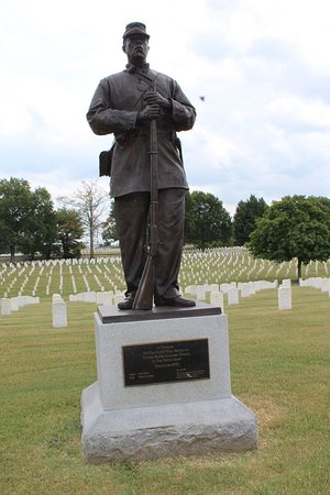 Madison, TN: Statue honoring the colored troops from Civil War buried here