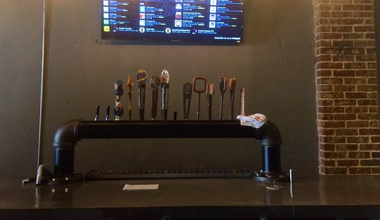 Buckhannon, WV: Bar