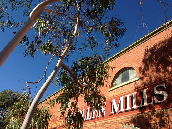 Winters day at the Bendigo Woollen Mills