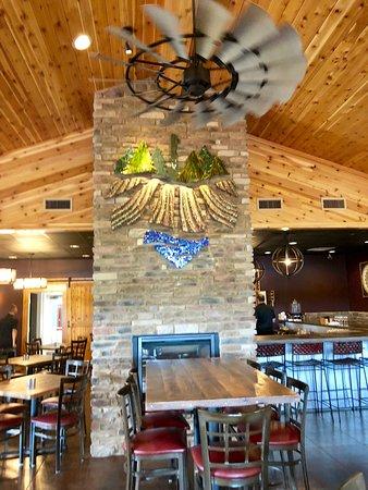 Columbiana, OH: Inside view of restaurant