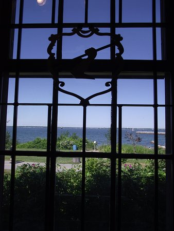 New Bedford, MA: MA - FORT TABER-FORT RODMAN MILITARY MUSEUM - VIEW OUT A WINDOW