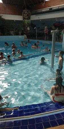 Branville, France: piscine trop petite