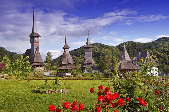 8 Day Classic Romania tour with...
