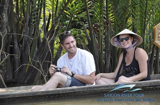 Full Day Mekong Delta by Luxury...