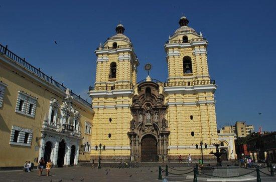 Kirker og balkonger i Lima Half Day...
