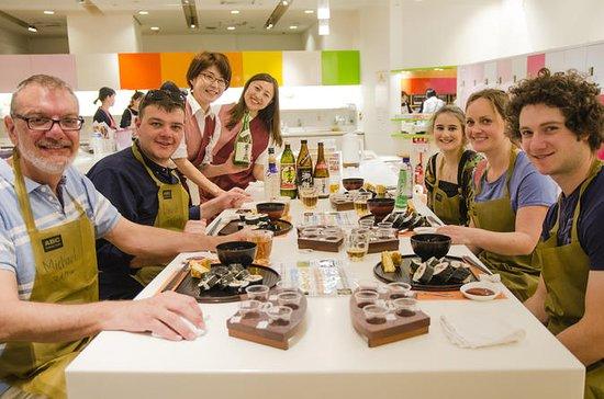 Tokyo's Tsukiji Fish Market Tour with Japanese Cooking Class