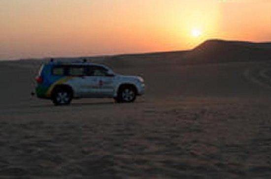 'S nachts Desert Safari met BBQ-diner ...