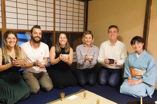京都タウンハウスでの茶道体験
