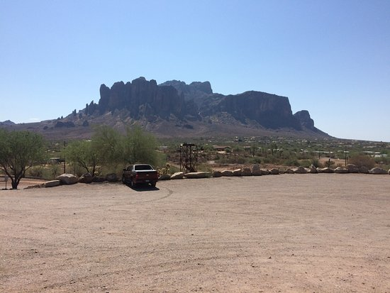 Apache Trail Scenic Drive: View of the Wild West
