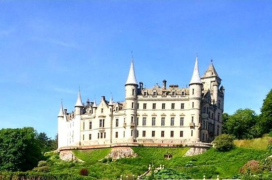 North tour to Dunrobin Castle