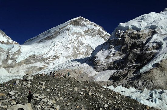 Trek do acampamento base do Everest a...