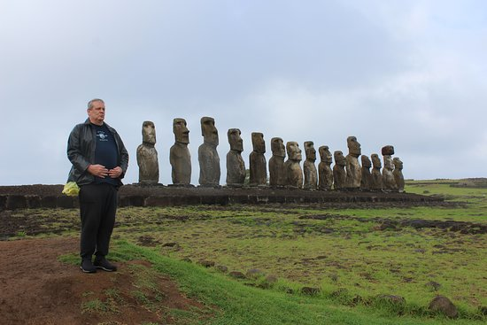 Rapa Nui National Park: 15 Moai on display at Tongariki.