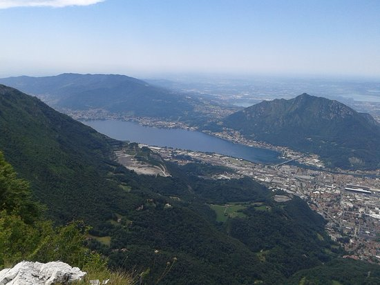 Province of Lecco, Italien: Panorama dal monte Resegone