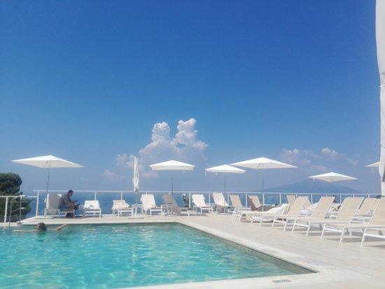 Art Hotel Gran Paradiso: The pool