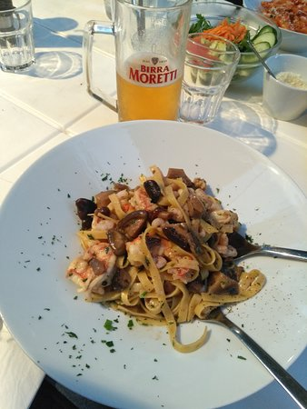 SalVe Italian Restaurant: Tagliatelle Mari e Monti