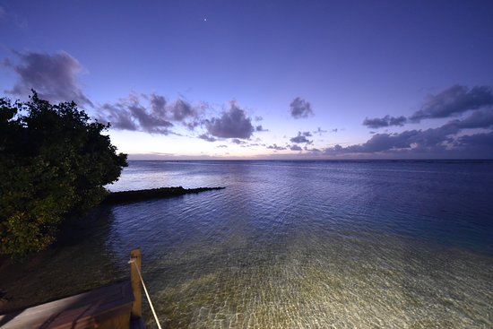 Manase, Samoa: Great sunset views from the bar/restaurant