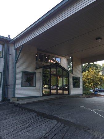 Mount Sunapee, NH: Entrance