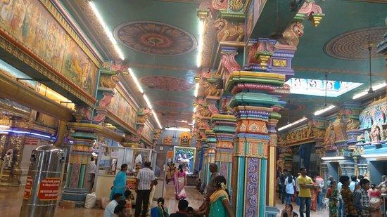 Arulmigu Manakula Vinayagar Temple Image
