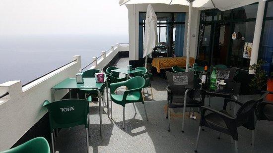 Faja da Ovelha, โปรตุเกส: Restaurante O Precipicio