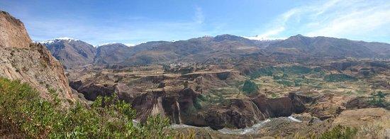 Arequipa Region, Peru: Ya el último día viendo el valle luego de haber visto a los Cóndores.