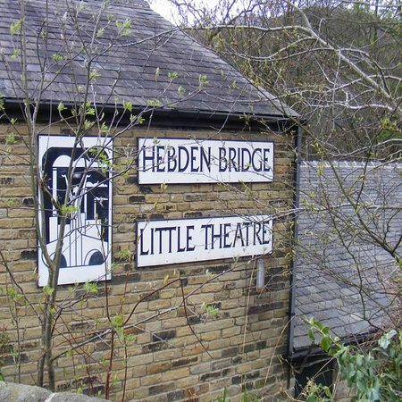 ‪Hebden Bridge Little Theatre‬