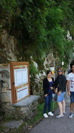 写真La Cueva de los Quesos枚