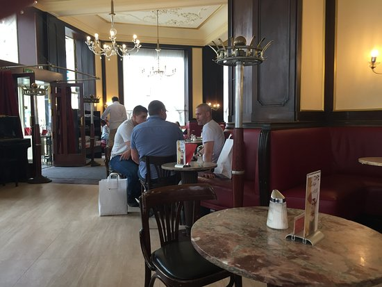 Ambiente Interno Picture Of Cafe Ritter Vienna Tripadvisor