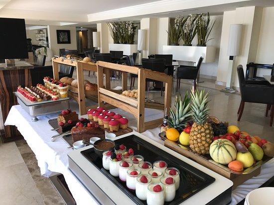 Hotel Don Cesar & Spa Nuxe : Buffet brunch