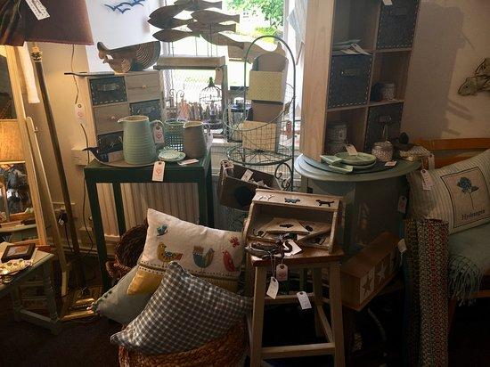 Vintage Quine: Home Interiors Cushions, Baskets, Shelves, End Tables,  Hanging Decor