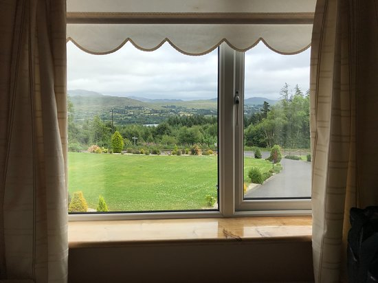 Eas Dun Lodge: View from bedroom