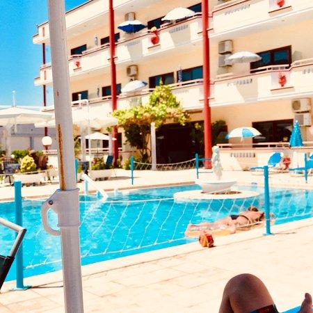 SunCity Hotel Studios: Avslappnat och skönt vid poolen