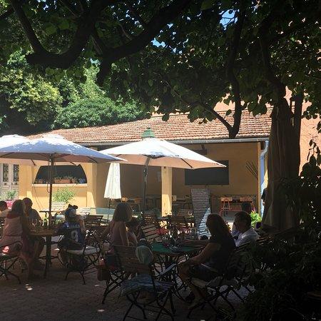 Le Bar-sur-Loup照片