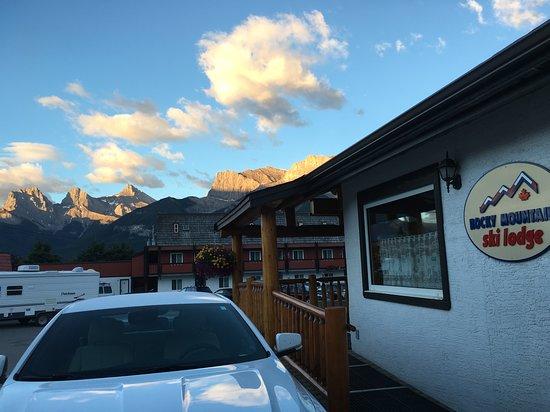 Rocky Mountain Ski Lodge office area and surrounding views