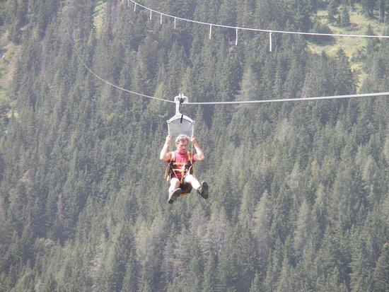"""Grobming, Austria: mit 100 """"Sachen"""" den Berg runter...."""