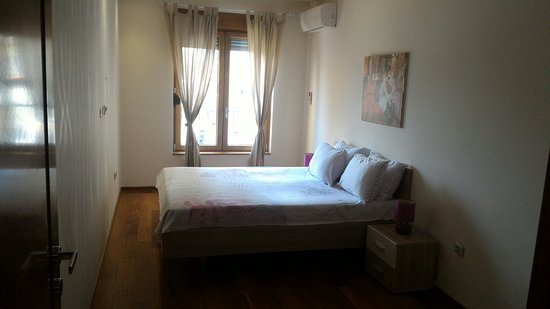 apartments athos prices condominium reviews podgorica rh tripadvisor com